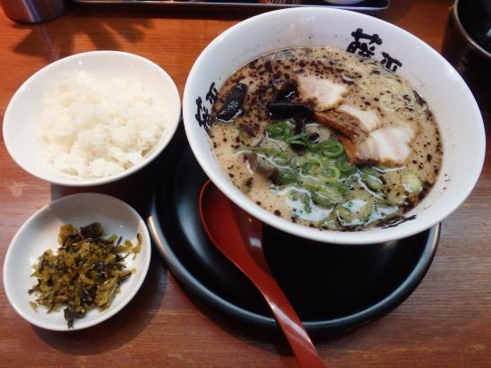 らー麺 藤平     尼崎大西店_c0118393_8485469.jpg