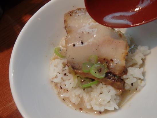 らー麺 藤平     尼崎大西店_c0118393_9354325.jpg