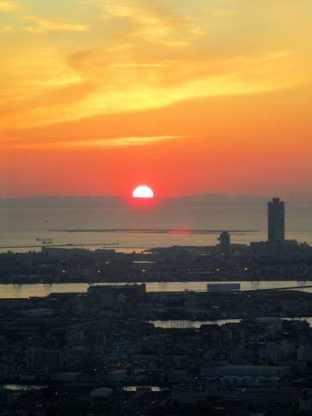 あべのハルカスの夕陽 ~大阪マリオット都ホテル~_d0145934_18092621.jpg