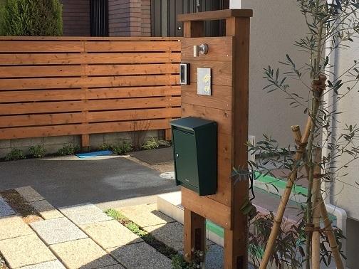 古い街並みと、庭づくり。_e0356655_18591087.jpg