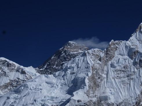 13日目: Trekking day11 ロブチェ→ゴラクシェブ→カラパタール→ゴラクシェブ_a0207588_18164855.jpg