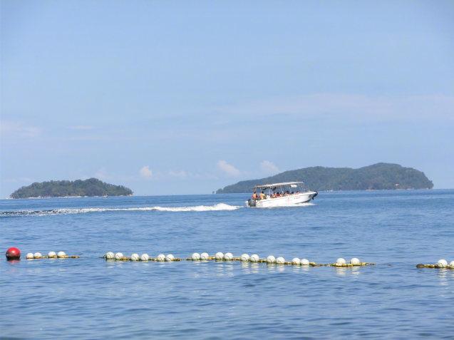 コタキナバル旅行の思い出 サピ島_d0336014_12190368.jpg