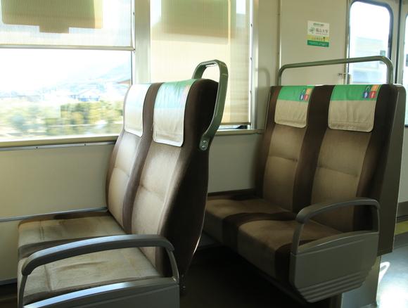 JR岡山駅から高松駅まで・・_d0202264_1325371.jpg