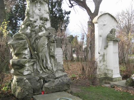 ウィーンの中央墓地(ドイツ・ニュース・ダイジェスト2月のコラムより)_a0280569_061715.jpg