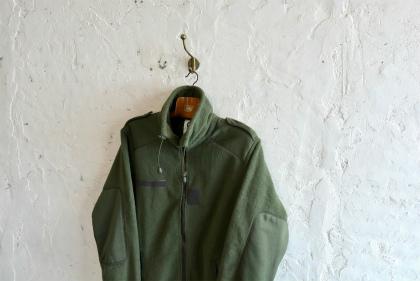 French army Fleece jacketとスタッフ募集のお知らせ_f0226051_17152751.jpg