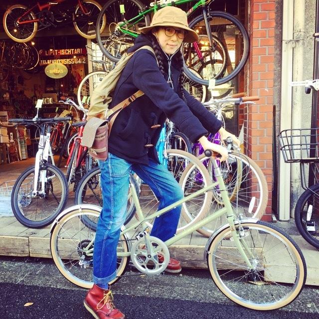 ☆今日のバイシクルガール☆ 自転車女子 おしゃれ自転車 自転車ガール 自転車女子 ミニベロ クロスバイク ライトウェイ ラレー ブルーノ フジ_b0212032_17153061.jpg