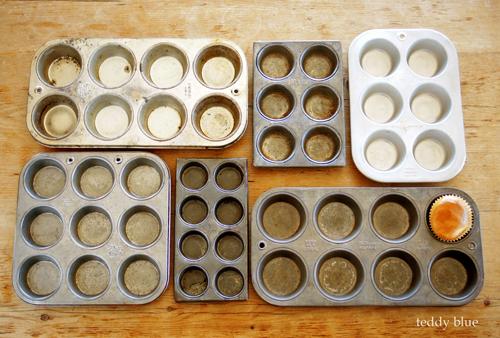 vintage muffin tins  ヴィンテージ マフィントレイ_e0253364_16191196.jpg