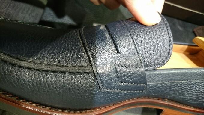 シボ革の靴には_b0226322_10565445.jpg