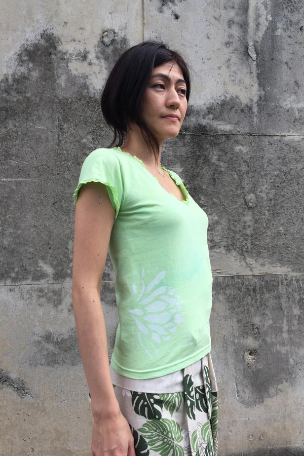 月下美人 Vネックカットソー 黄緑 (1335)_e0104046_424239.jpg