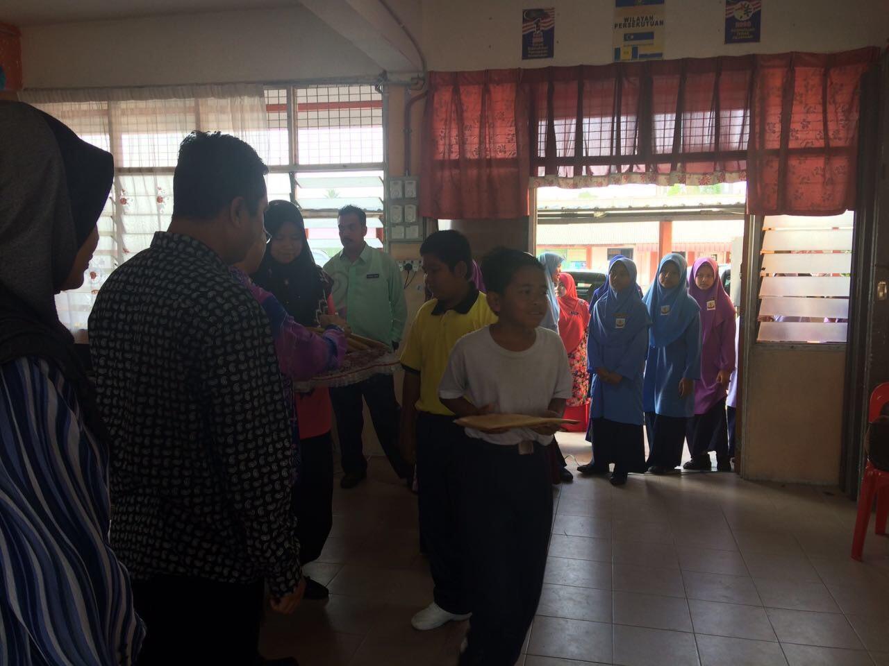 2016年10月マレーシア寄付事業のご報告_e0135675_10371143.jpg