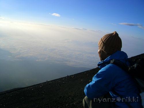 富士山とお手伝いにゃん友さん_d0355333_15032147.jpg