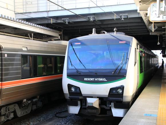 JR長野駅で撮り鉄_d0202264_227685.jpg