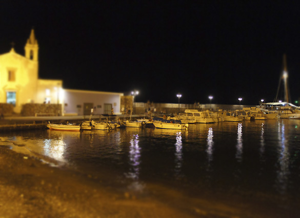 リパリ島3. 滋味深いスープと黄金の酒に酔いしれた夜_f0205783_20115292.jpg
