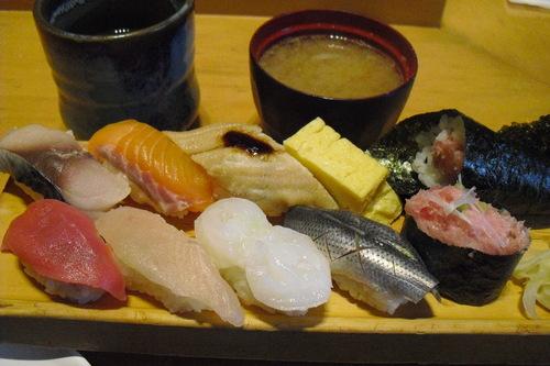 板前寿司 『彩りにぎりセット』_a0326295_22221591.jpg
