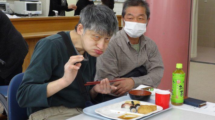 3/12 寿司パーティー_a0154110_08205075.jpg