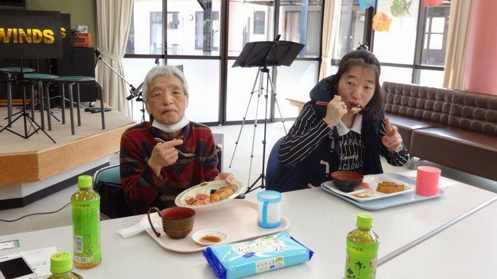 3/12 寿司パーティー_a0154110_08205953.jpg