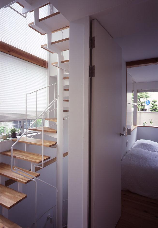 階段の手摺・・・スチール編_c0070136_17434077.jpg