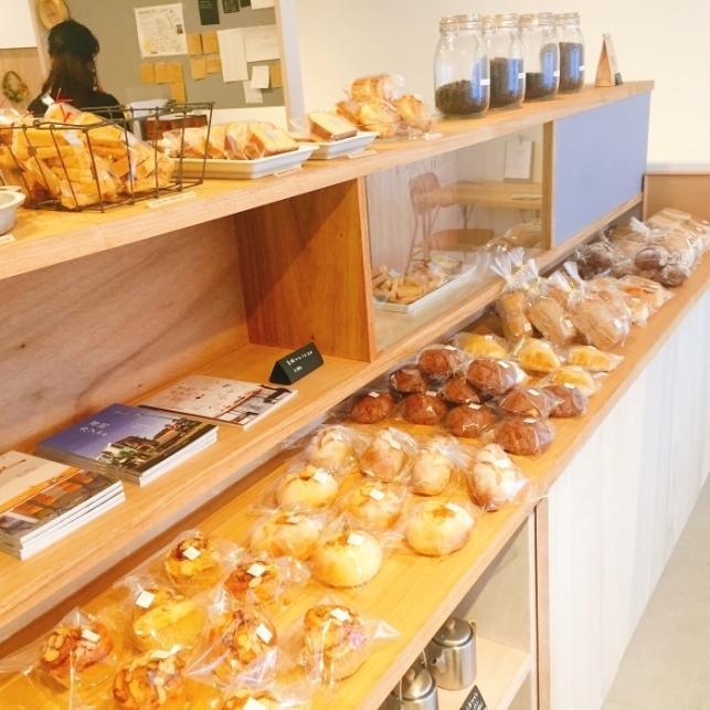 毎週木曜日はパンの日です。_a0325273_11494668.jpg