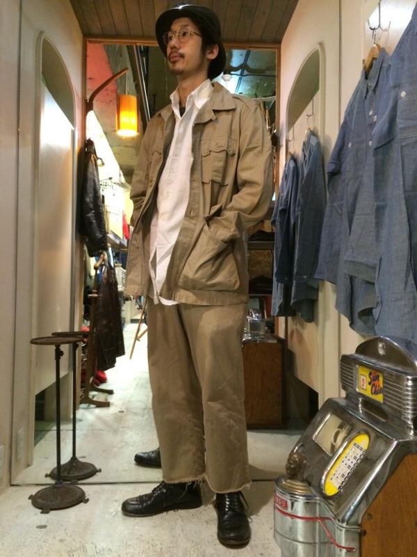 注目したいサファリジャケット!!(大阪アメ村店)_c0078587_1231562.jpg