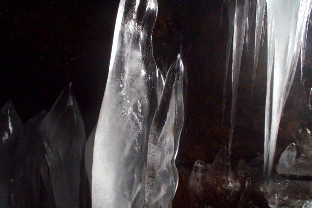 2017年3月14日(水) カルルス洞窟  氷筍_a0345007_16141116.jpg