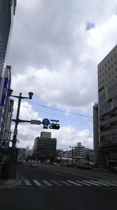 今季最後の冬の悪あがき?鉛色の雲に冷たい風_e0094315_13251953.jpg