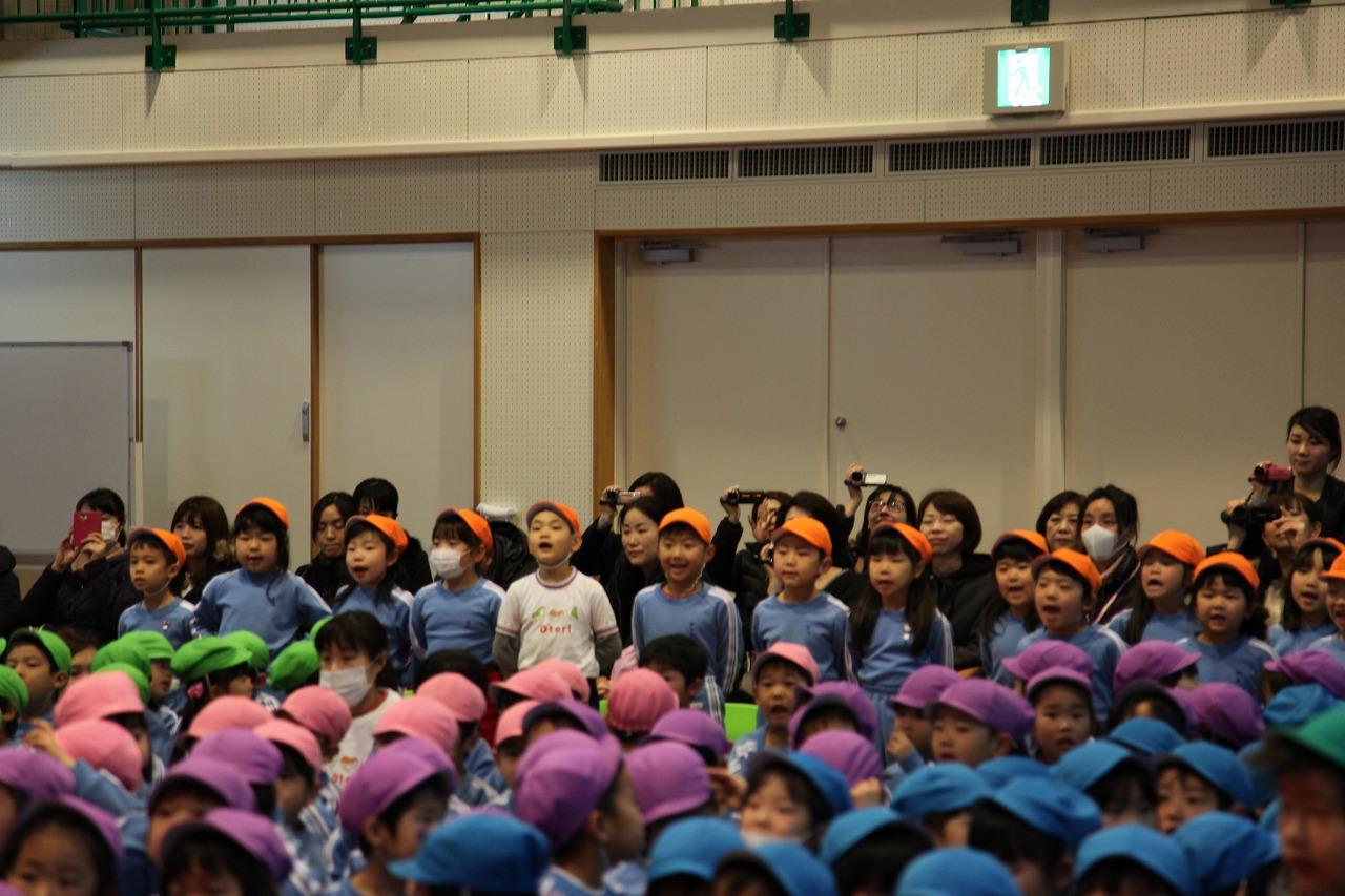 卒園プレゼント集会・お誕生会_b0277979_1902335.jpg