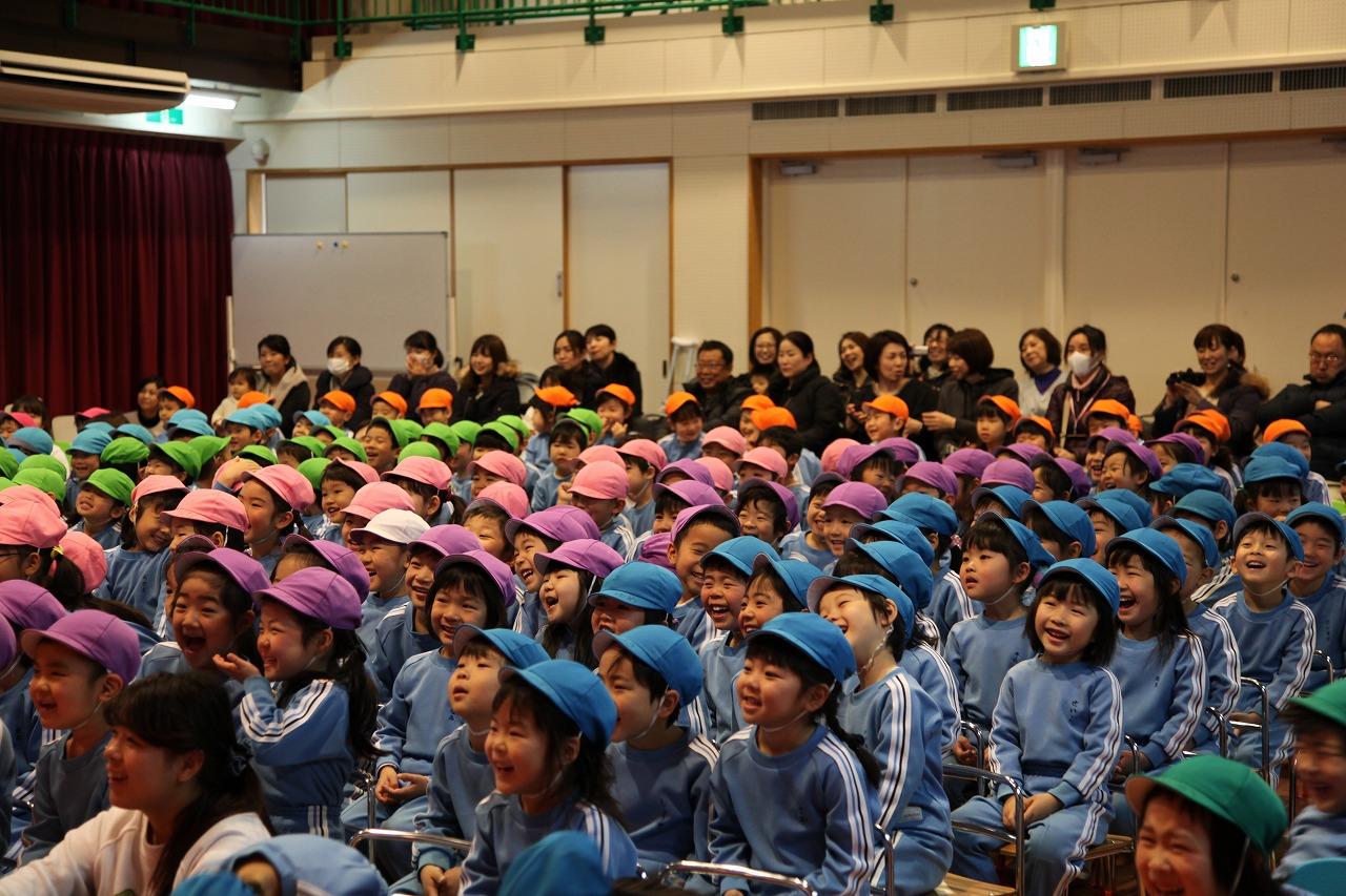 卒園プレゼント集会・お誕生会_b0277979_1905138.jpg