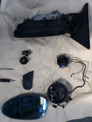 BMW 320i (E90)ドアミラー修理_c0267693_12344644.jpg