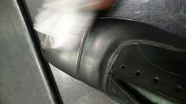 革靴の水洗い方法_b0226322_17172297.jpg