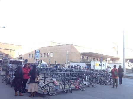 私の好きなあのアランチーニがフィレンツェ駅前のバールにあります!!_a0136671_02134173.jpg