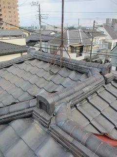 埼玉県のふじみ野市で、瓦屋根修理工事_c0223192_22444189.jpg