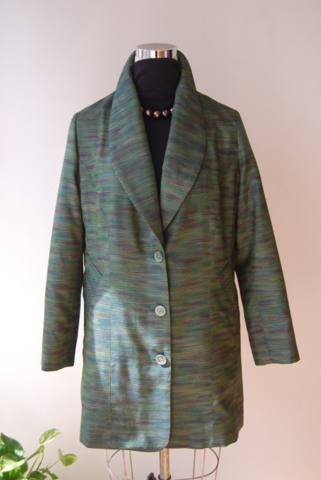 着物リメイク・へチマ襟のロングジャケット_d0127925_01082354.jpg