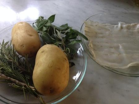 ラルドとジャガイモのハーブ焼き_a0136671_03131744.jpg