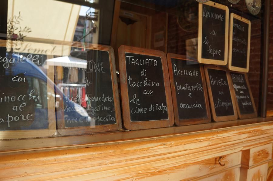 サンタンブロージョの市場からセメルという方式_f0106597_06093899.jpg