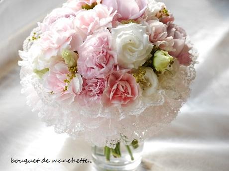 幸せ春色☆ひらひら優しいナチュラルステムのカフスブーケ♪_c0098807_22012994.jpg