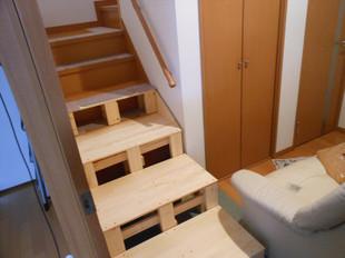 階段使ってくれるかな~_e0371017_11460146.jpg