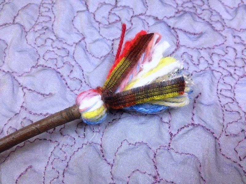 ☆レシピ・枝と毛糸で作る、ちっちゃな飾りホウキ☆_c0092953_1101525.jpg