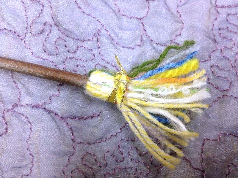 ☆レシピ・枝と毛糸で作る、ちっちゃな飾りホウキ☆_c0092953_110731.jpg