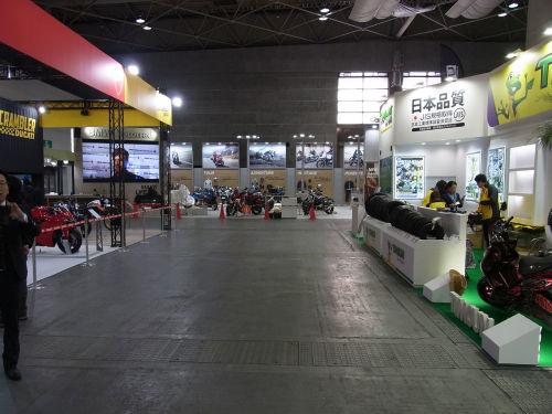 2017年大阪モーターサイクルショー開催_e0254365_17164485.jpg