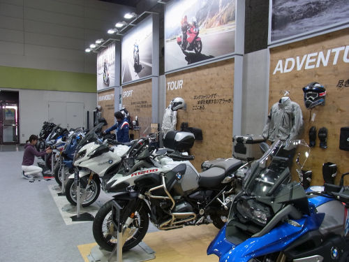 2017年大阪モーターサイクルショー開催_e0254365_17165571.jpg