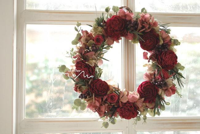 リース 赤いお花で!_a0136507_21380078.jpg