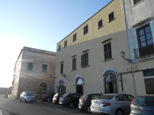 ガッリーポリ旧市街にある宿_b0305039_23201153.jpg
