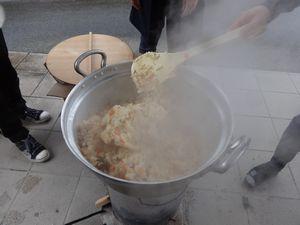 炊き出し訓練_a0154110_14472678.jpg