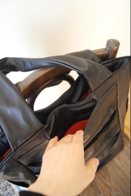 革のコートからバッグへリメイク_d0127925_23242060.jpg