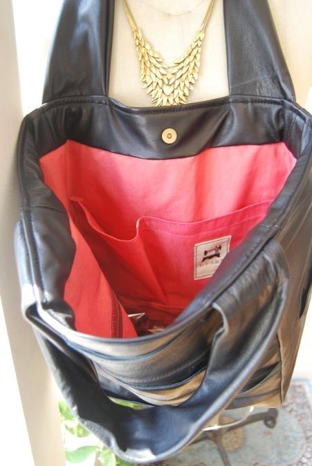 革のコートからバッグへリメイク_d0127925_23243463.jpg