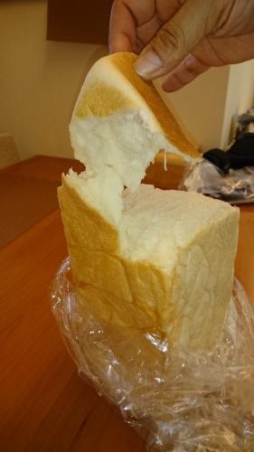高級生食パン 乃が美_a0111845_04004037.jpg
