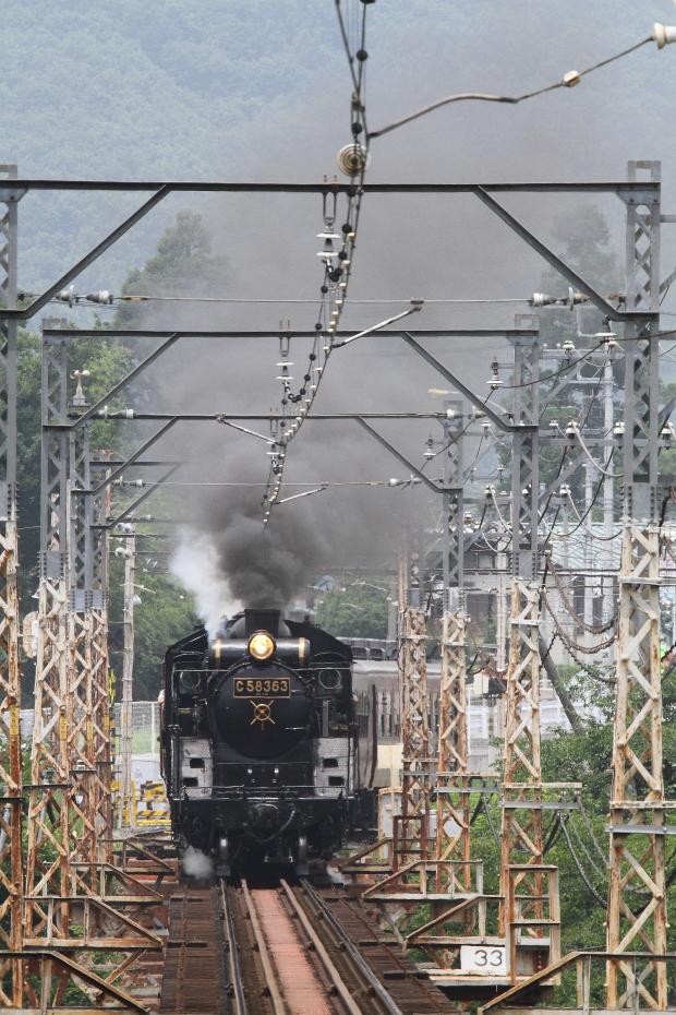 夏の黒い煙と白い蒸気と白い鉄橋- 2016年夏・秩父 -_b0190710_23324362.jpg
