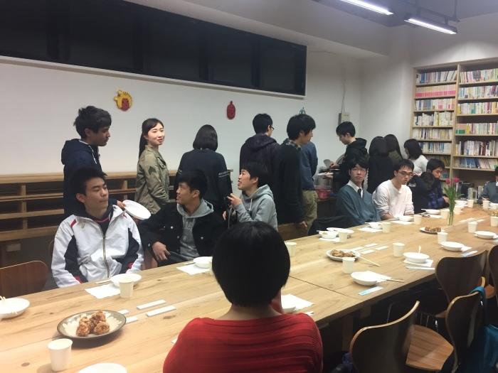 中学コース、高校コースの送別会が開かれました。_d0116009_14192747.jpg