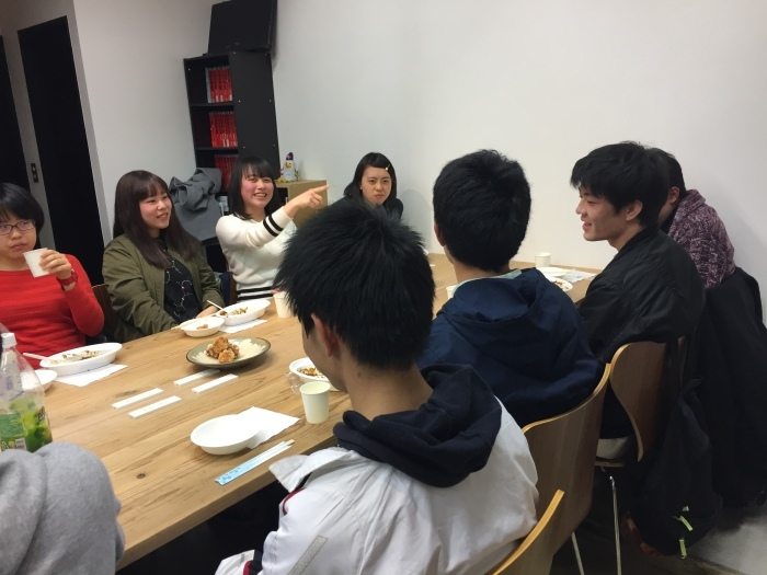 中学コース、高校コースの送別会が開かれました。_d0116009_14213431.jpg