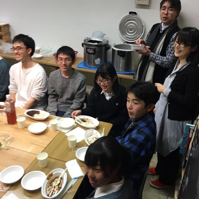 中学コース、高校コースの送別会が開かれました。_d0116009_14232547.jpg